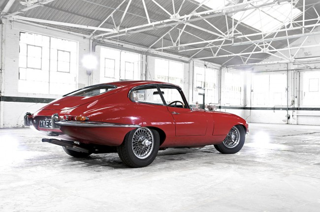 Jaguar E-Type- Carmen Red Series 1 3.8 Fixed Head Coupe 1961-64 2