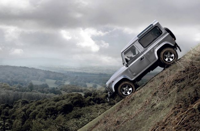 2012 Land Rover Defender Gets New Engine, Options