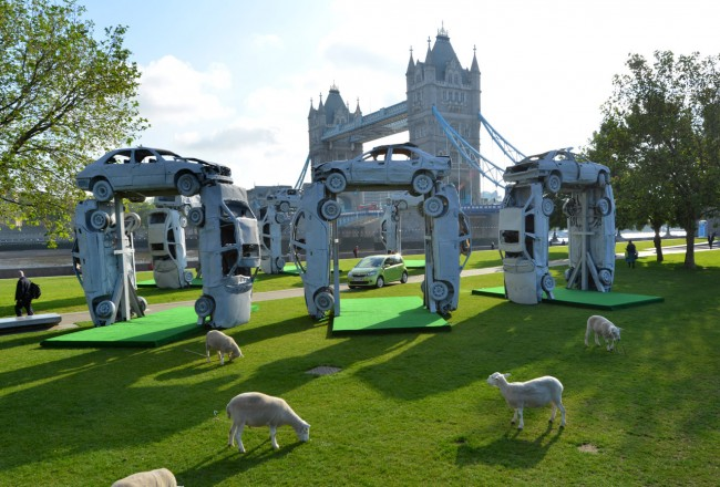 Stonehenge Replica Made From Scrap Cars Installed on London's Southbank [VIDEO]