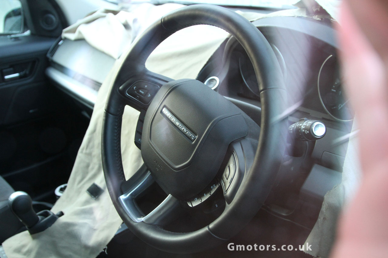 2013 Land Rover Freelander 2 facelift interior