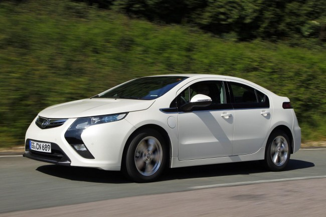 Vauxhall Unveils Entry-level Ampera Earth, Priced At £29,995