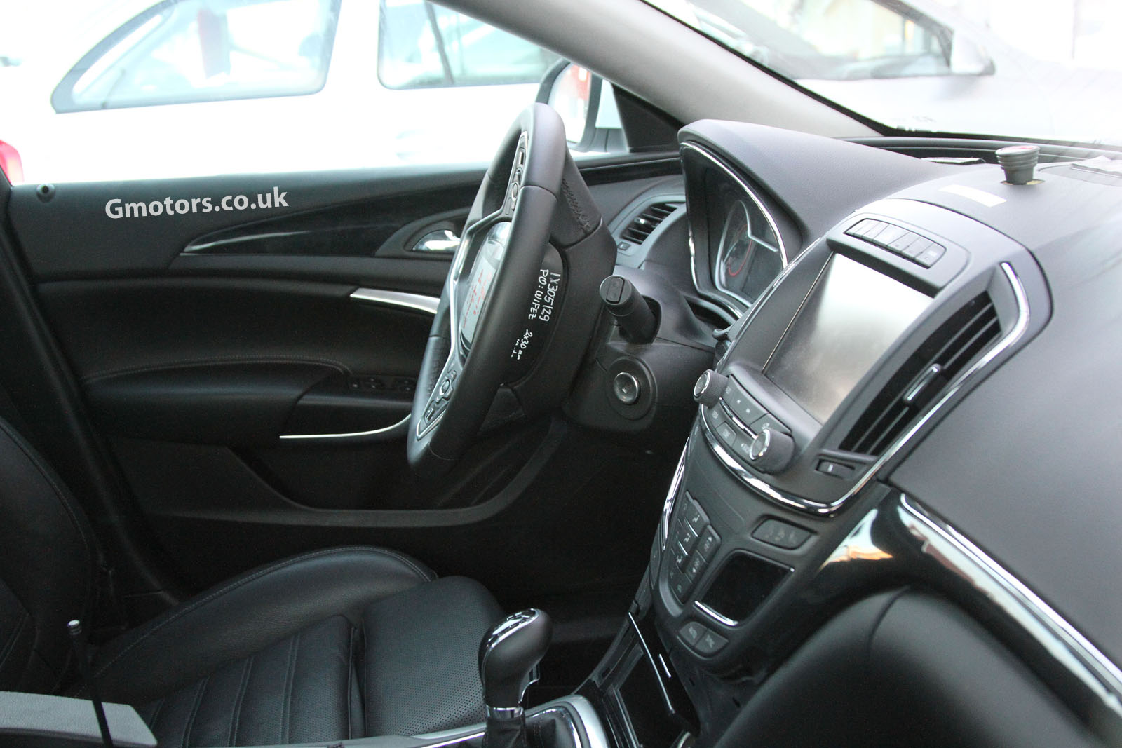 2013 vauxhall insignia facelift interior. Black Bedroom Furniture Sets. Home Design Ideas
