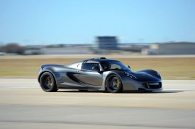 Hennessey Venom GT Sets a New Guinness World Record [video]