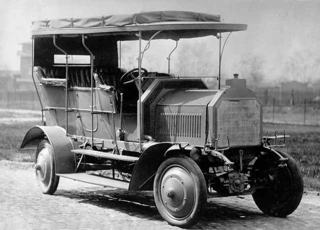 Mercedes-Benz Celebrates 105 Years Of Four-Wheel Drive Vehicles