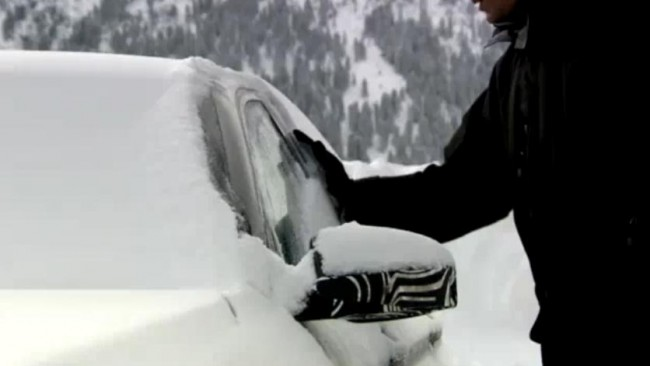 2012 BMW M5 Prototype Driving In The Snow [VIDEO]