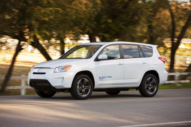 Toyota debuts RAV4 EV prototype at Los Angeles Auto Show (Video)
