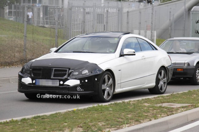 2013 Mercedes-Benz E-Class Coupe Facelift Spy Shots