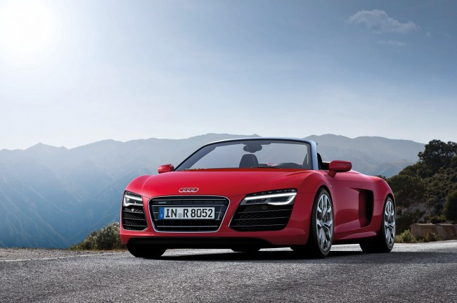 2013 Audi R8 Facelift Revealed, New V10 Plus Model Joins The Range [VIDEOS]