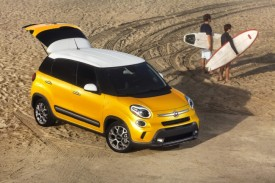Fiat 500L Trekking Debuts at Los Angeles Auto Show