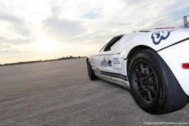 Ford GT Sets a New Guinness World Record at 238mph in the Standing Mile [VIDEO]