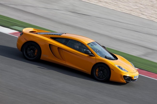 McLaren MP4-12C Goes From 0-62mph In 3.1 Seconds