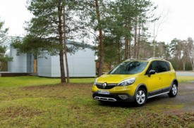 Renault Scenic XMOD Revealed Ahead of Geneva Debut