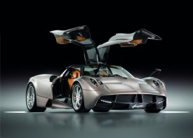 Pagani Huayra Supercar Makes Its Web Debut