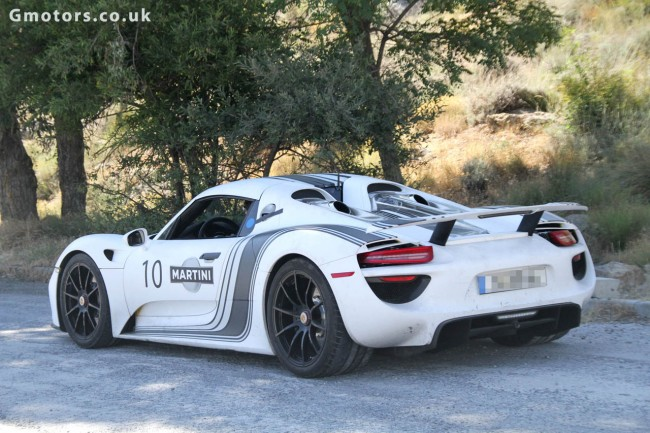 porsche 918 spyder in martini livery hot weather testing in spain. Black Bedroom Furniture Sets. Home Design Ideas