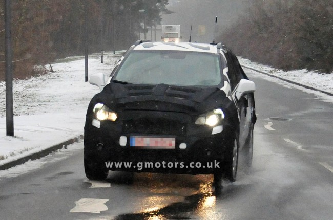 Spy Shots: New Vauxhall/Opel Small SUV