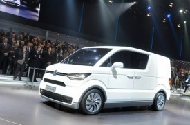 Volkswagen e-Co-Motion Concept is the Delivery Van for the Future