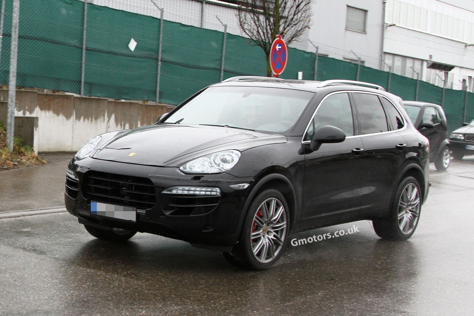 2014 porsche cayenne. Black Bedroom Furniture Sets. Home Design Ideas