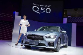 Infiniti Q50 long wheelbase debuts in Shanghai