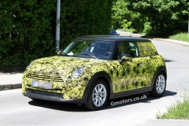 2014 MINI Cooper spied less disguised