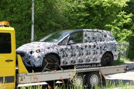 BMW 7-Seater MPV spied for the first time