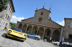Lamborghini 50th anniversary Grand Tour with 350 supercars hits the road