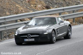 Mercedes-Benz SLS AMG Roadster facelift spied with disguised front