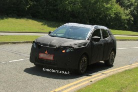2014 Nissan Qashqai spied for the first time in UK