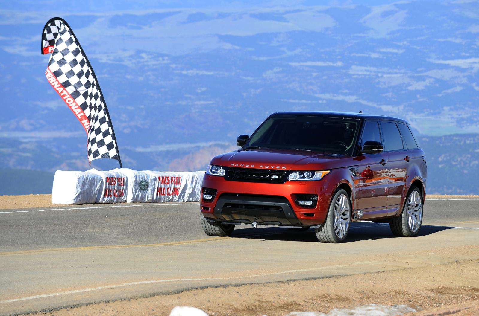 2014 Range Rover Sport at Pikes Peak