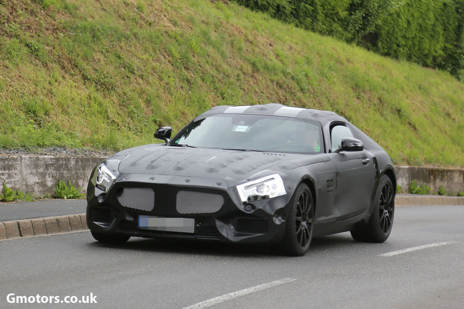2014 - [Mercedes-AMG] GT [C190] - Page 2 2015-Mercedes-AMG-prototype-2