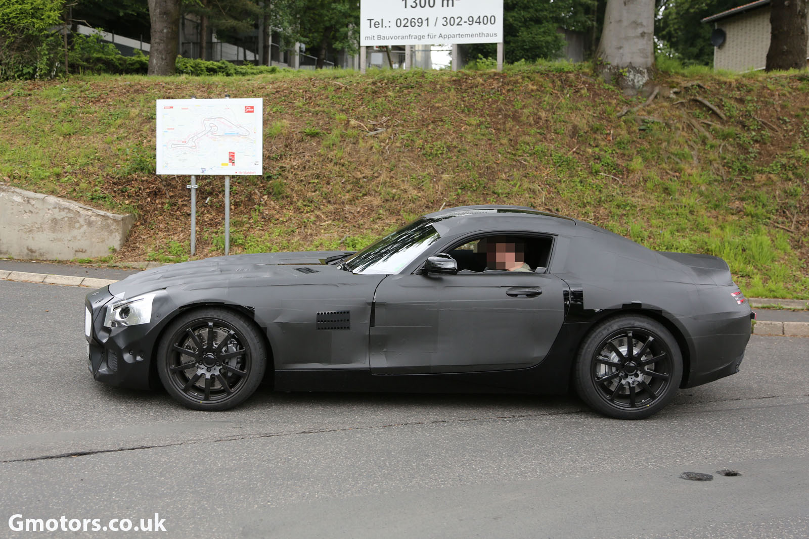 2014 - [Mercedes-AMG] GT [C190] - Page 2 2015-Mercedes-AMG-prototype-3