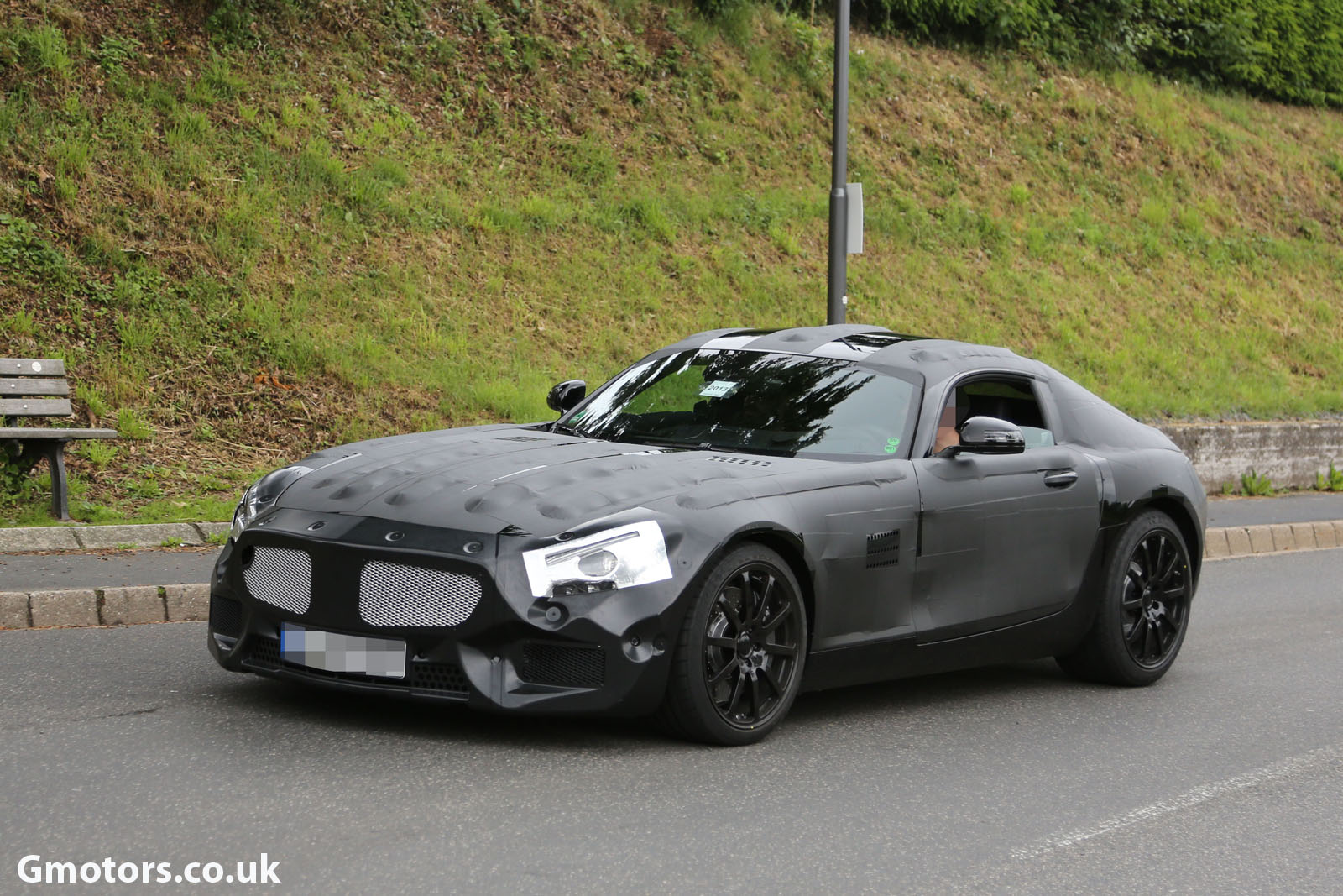 2014 - [Mercedes-AMG] GT [C190] - Page 2 2015-Mercedes-AMG-prototype-9