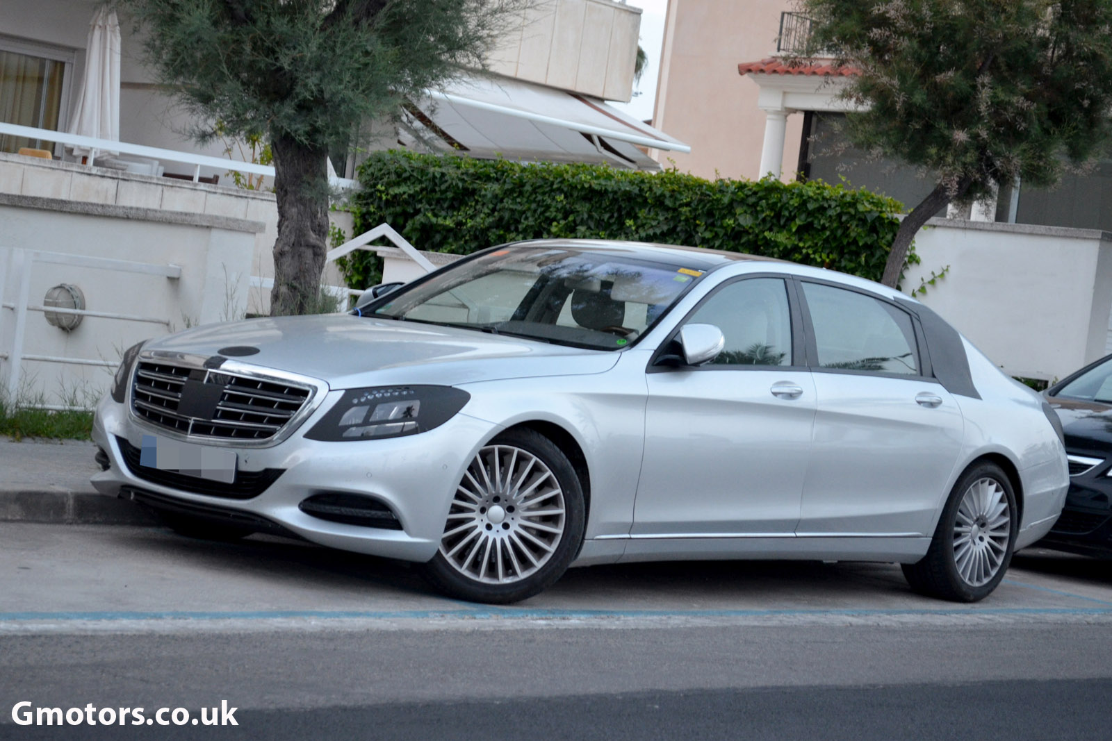 2014 extra long Mercedes S-Class Grand/Grosser
