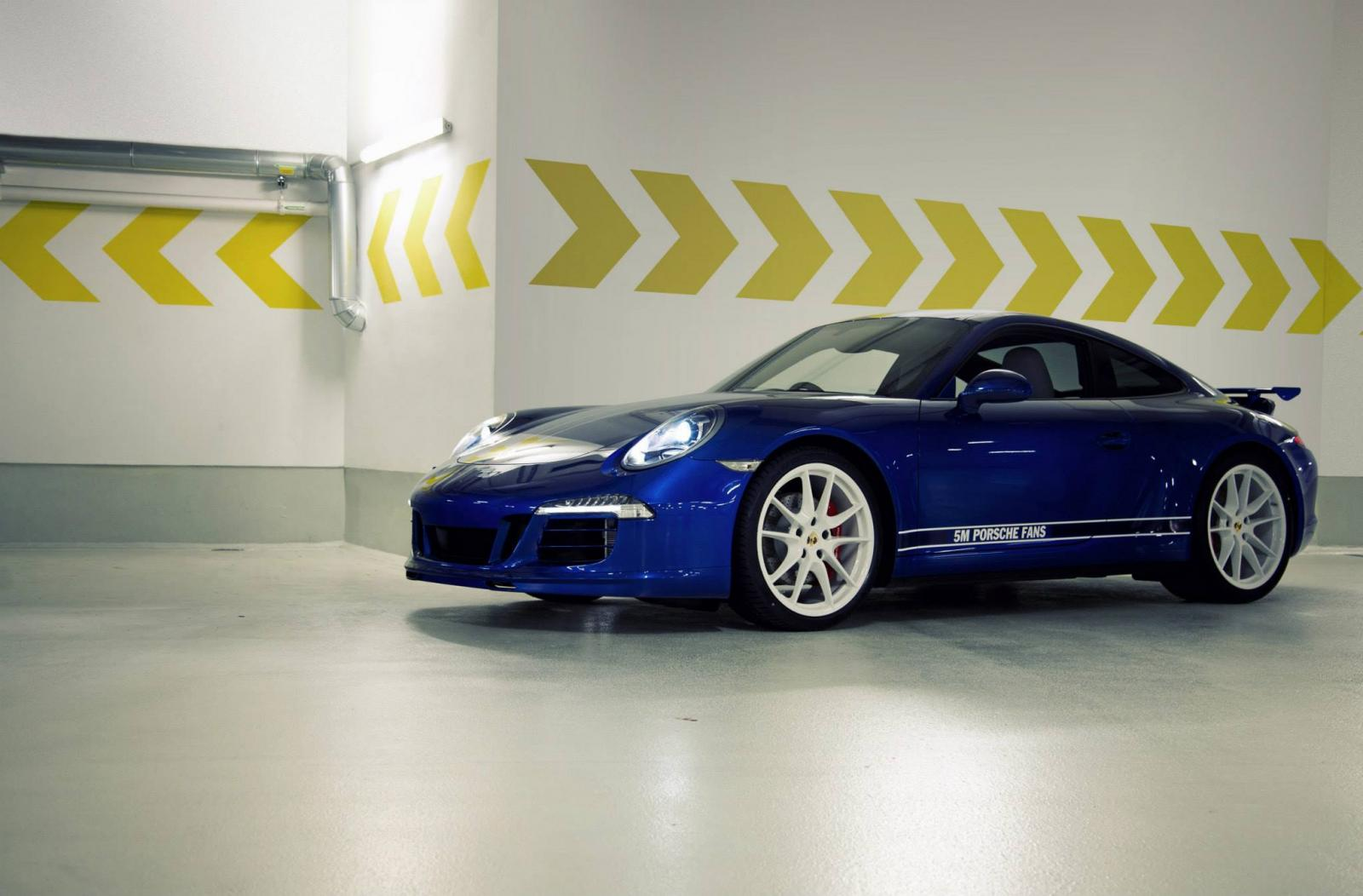Porsche 911 Carrera 4S built to celebrate 5M fans on Facebook