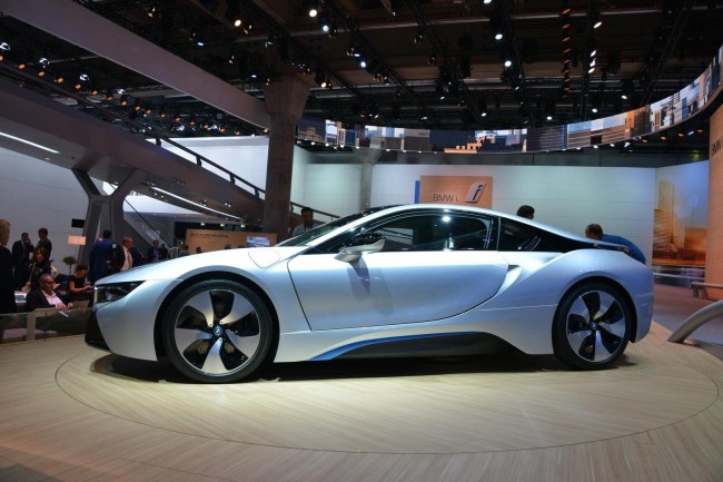 BMW i8 live in Frankfurt
