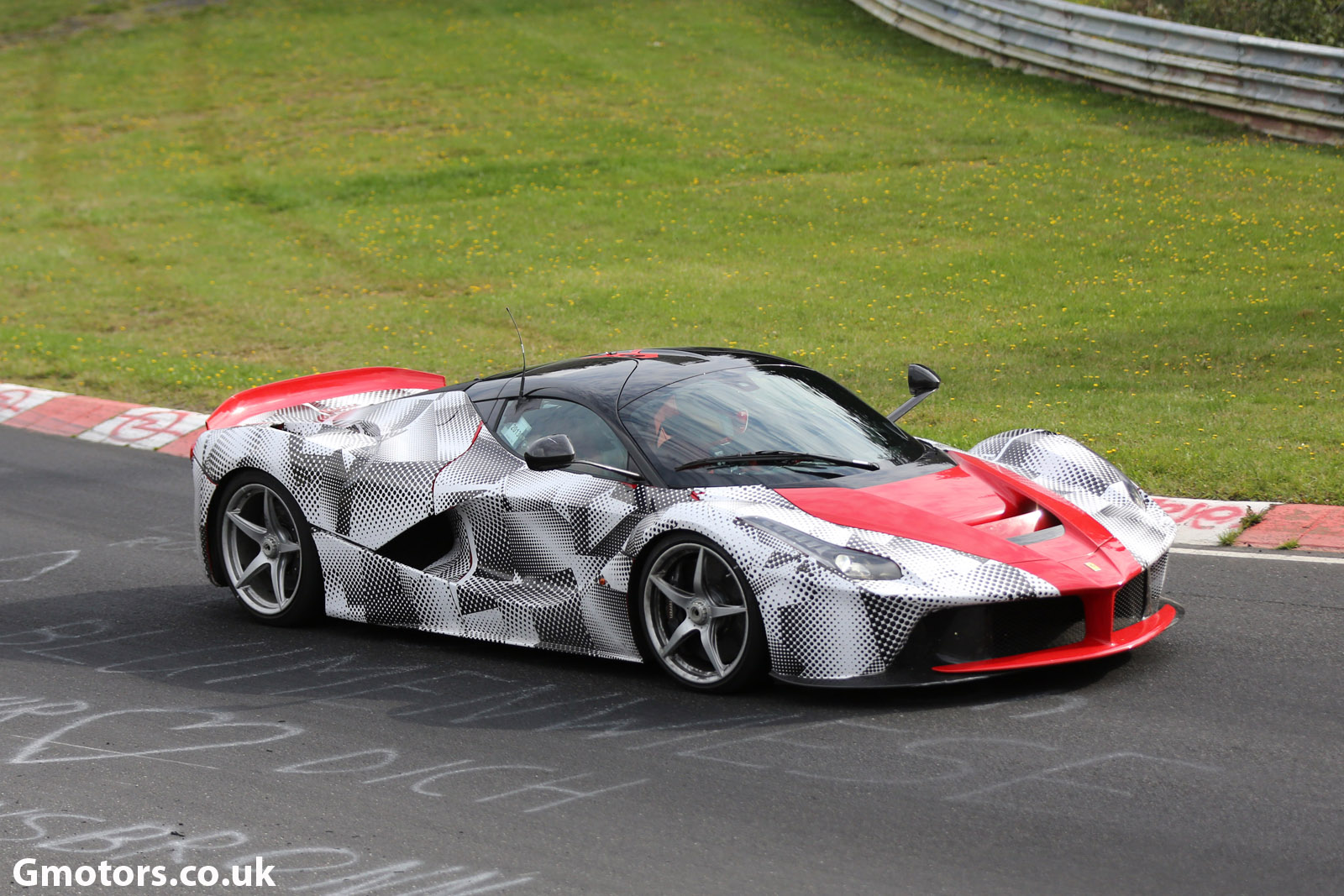 Ferrari LaFerrari on the Nürburgring 4