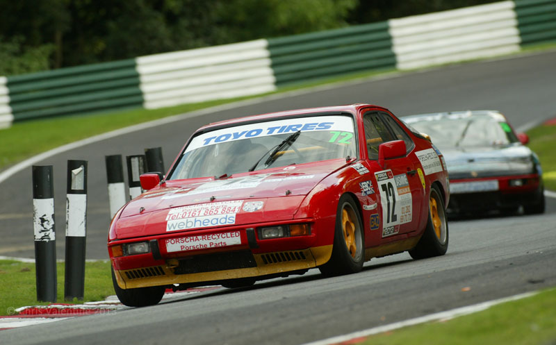 Alastair Kirkham leads Simon Hawksley in the 924 title battle