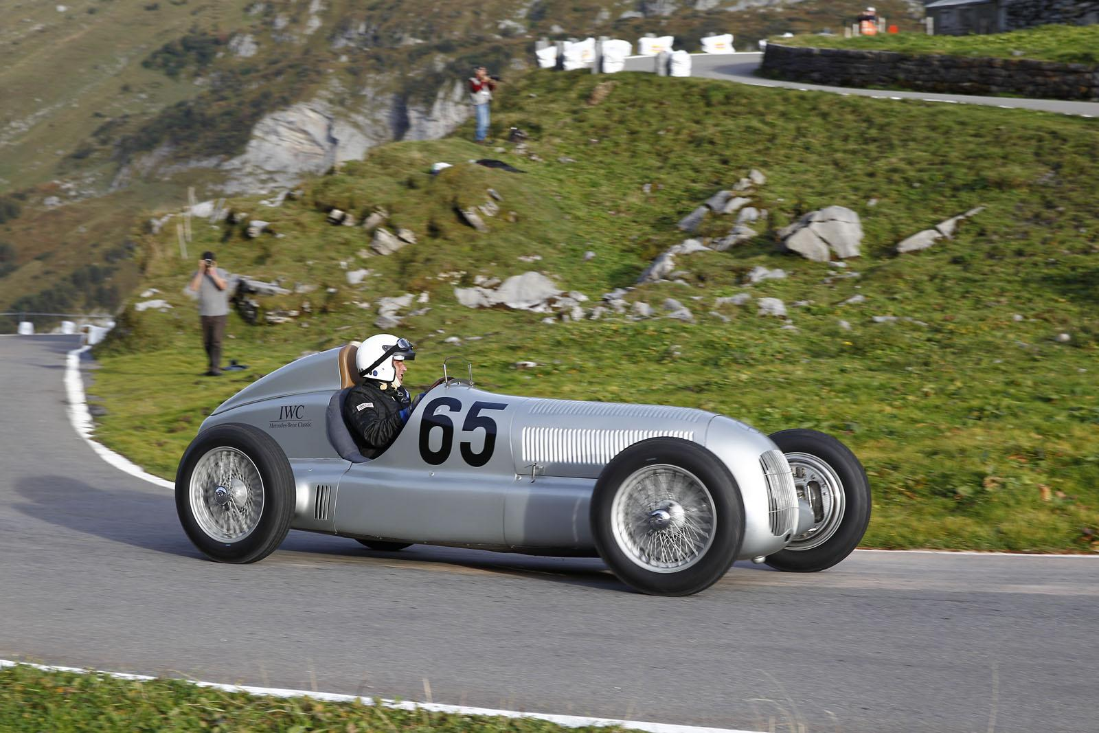 Mercedes Silver Arrow W 25 at the Klausen Hill Climb 3