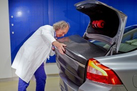 Volvo turns body panels into batteries 7