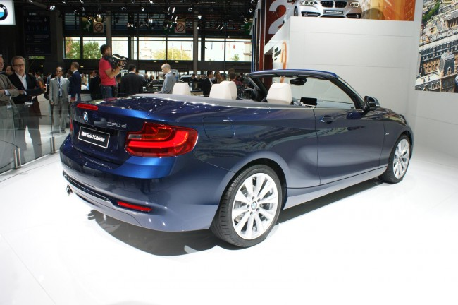 2015 BMW 2 Series Convertible 2