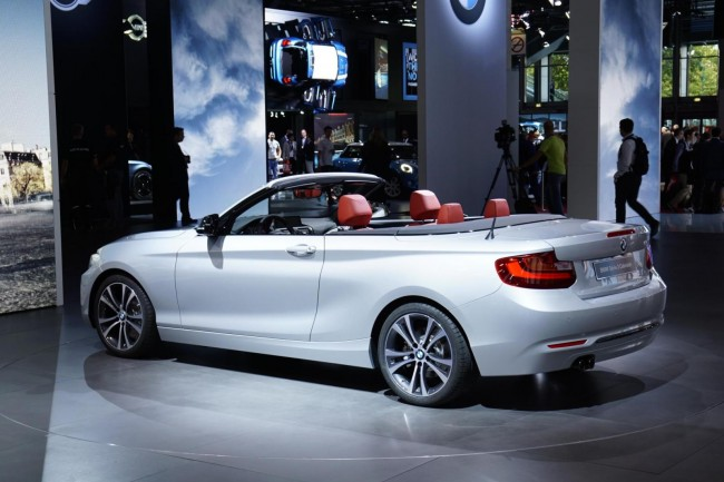2015 BMW 2 Series Convertible 3