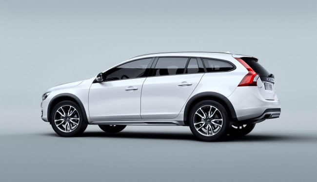 2015 Volvo V60 Cross Country 3