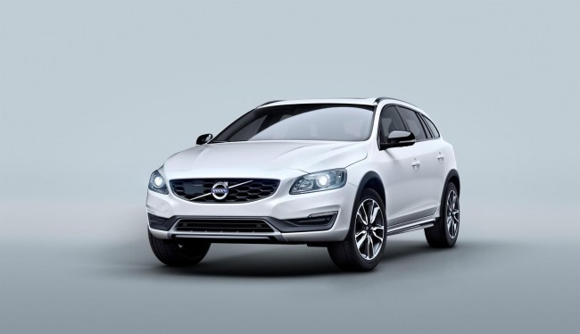 2015 Volvo V60 Cross Country 4