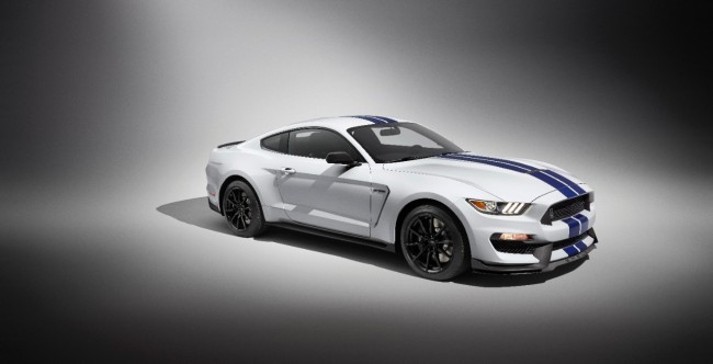Ford Shelby GT350 Mustang 3