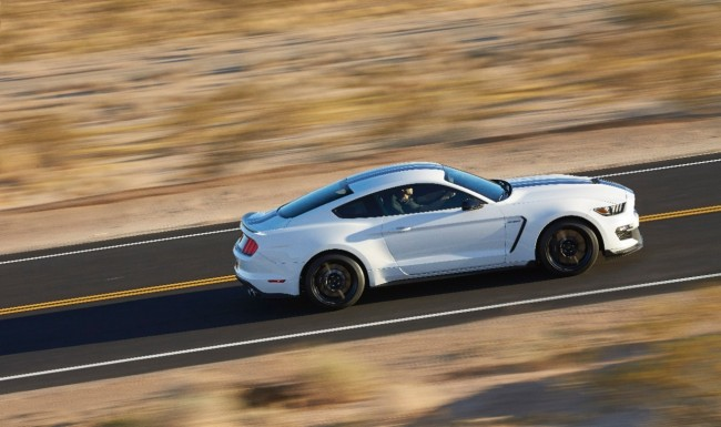 Ford Shelby GT350 Mustang 5