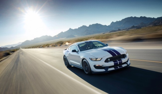Ford Shelby GT350 Mustang 6