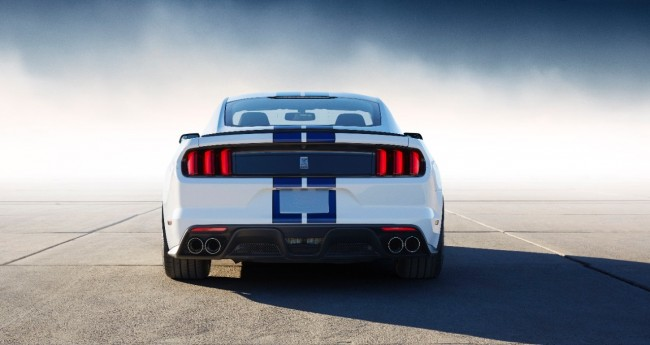 Ford Shelby GT350 Mustang 7