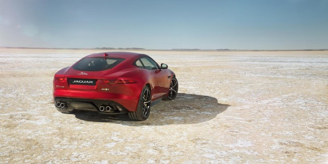 Jaguar F-Type R AWD 3