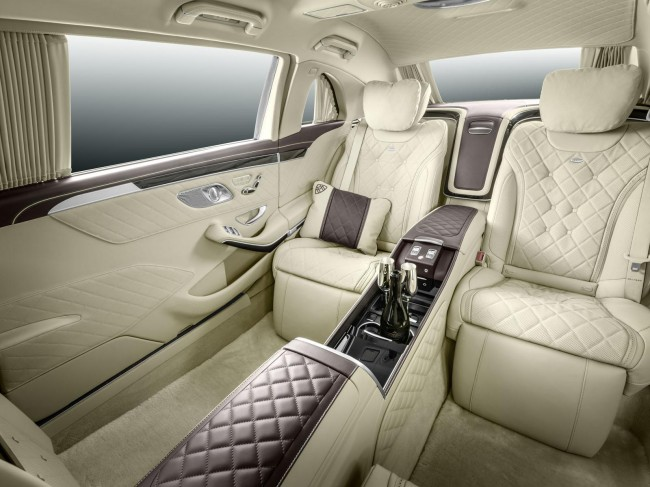 Mercedes-Maybach Pullman S 600 interior 2