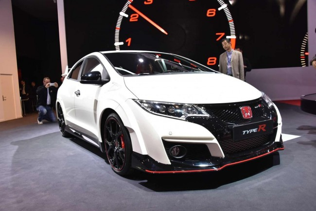 2015 Honda Civic Type R front