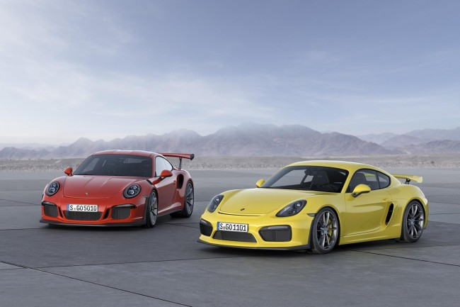 2015 Porsche 911 GT3 RS and Cayman GT4